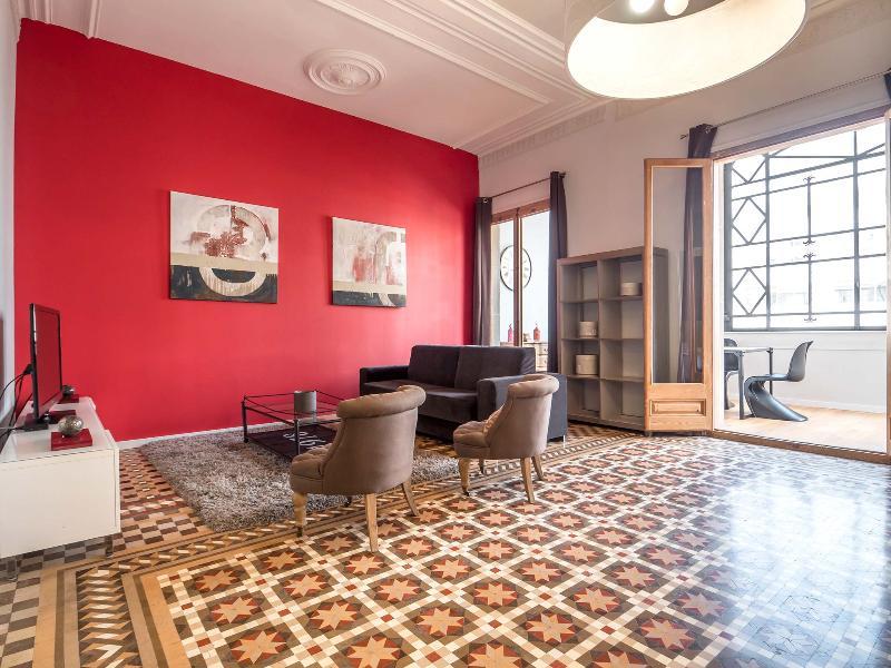 Barcelona Apartment at Plaza Catalunya near Las Ramblas - Juliana - Image 1 - Barcelona - rentals