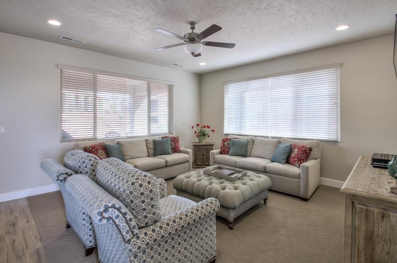 Downstairs Living Room - Vacation Retreat #32 - 4BD (Paradise Village) - Santa Clara - rentals