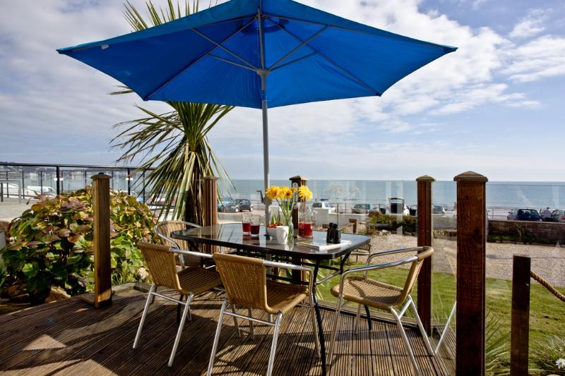 The Beach House located in Paignton, Devon - Image 1 - Paignton - rentals