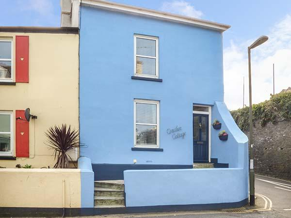 ANCHOR COTTAGE, end-terrace, WiFi, over three floors, open fire, parking, garden, in Brixham, Ref 927344 - Image 1 - Brixham - rentals