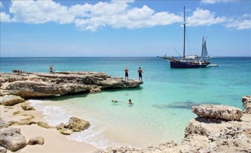 Luxury Ocean view 4 bedroom Dream villa at Malmok- walking distance from sandy bay - Image 1 - Aruba - rentals
