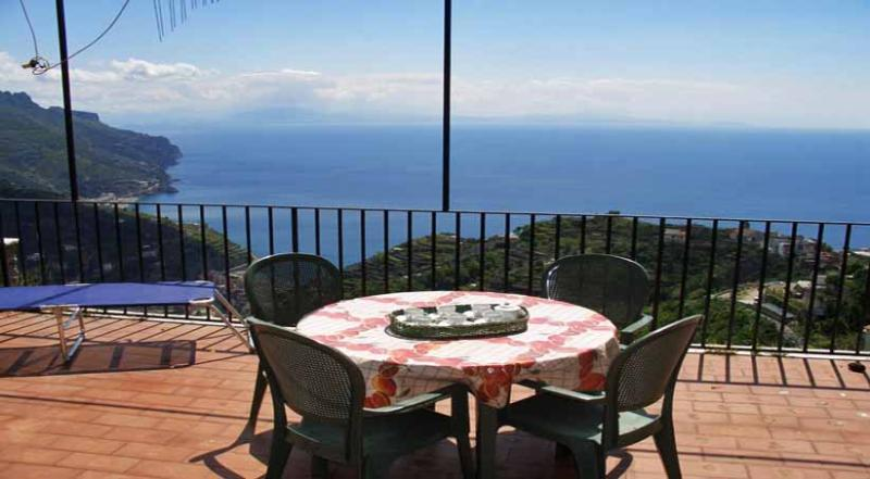 01 La Scaletta terrace with sea view - LA SCALETTA Ravello - Amalfi Coast - Ravello - rentals