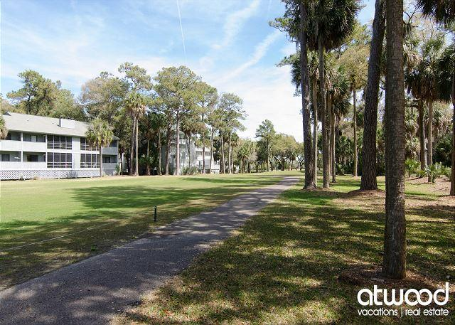 Life 2.0 - Resort Amenities, Linens, and Fun Available! - Image 1 - Edisto Island - rentals