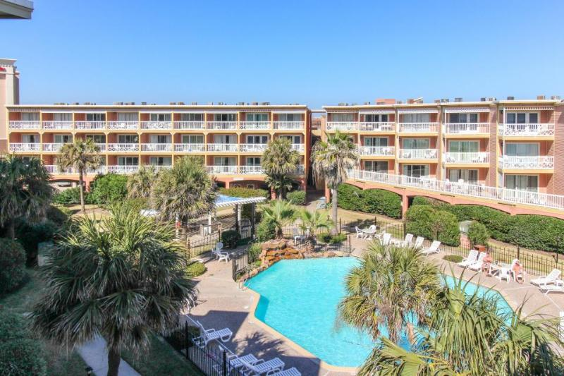 Gulf view condo with easy beach access & shared pools and tennis courts! - Image 1 - Galveston Island - rentals