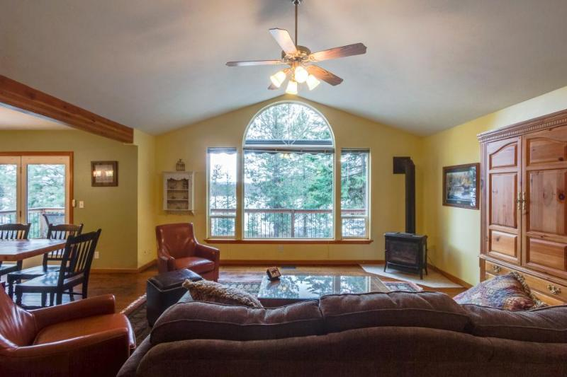 Dog-friendly family getaway with two canoes, a rec room & lake access nearby! - Image 1 - Harrison - rentals
