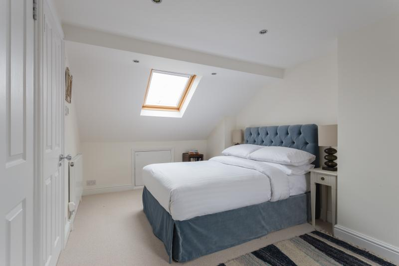One Fine Stay - Allestree Road apartment - Image 1 - London - rentals