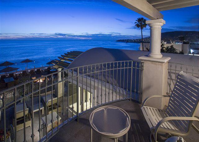 Villa Majorca Balcony - Oceanfront 2 bdrm located in the village, spectacular ocean views. - Laguna Beach - rentals
