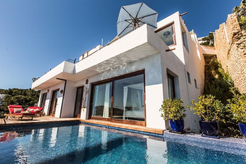 Casa Clara - Image 1 - Ibiza - rentals