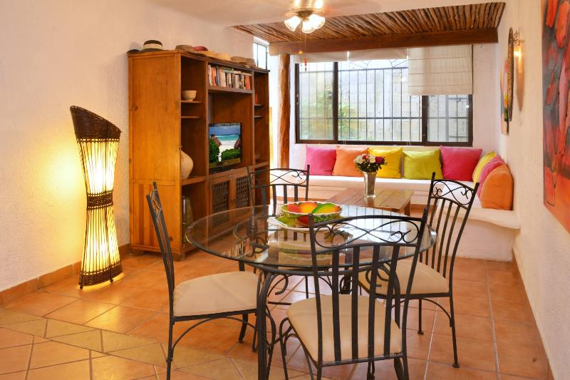 dining and living area - CASA DEL SOL CAMPANILLA comfortable and affordable - Playa del Carmen - rentals