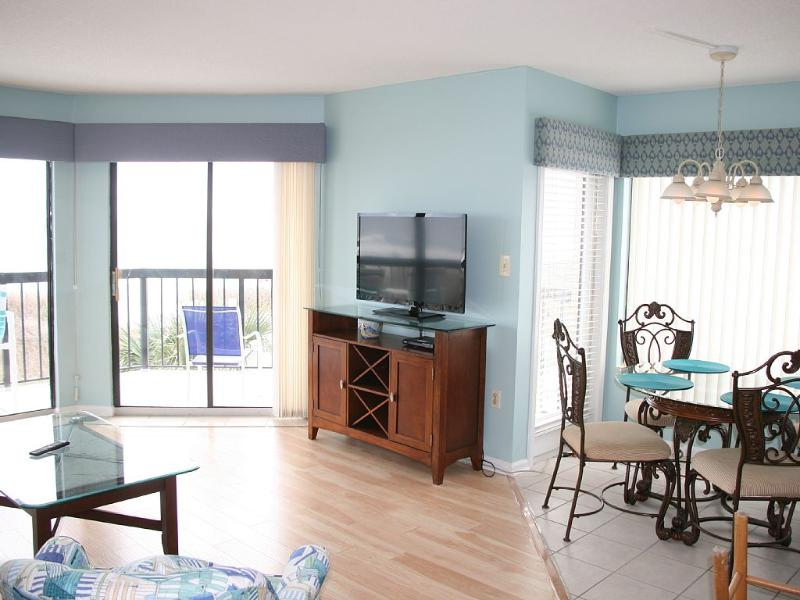 Special!  Reduce Rental Rate by  200.00 for April! - Image 1 - North Myrtle Beach - rentals