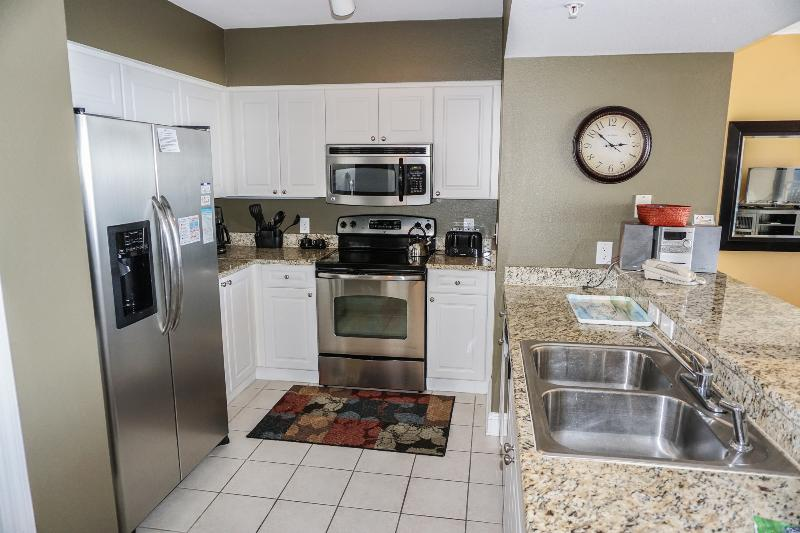 Upgraded kitchen is fully stocked if you want to prepare home cooked meals - Wk 7/30 $1,195 - 13th flr condo free beach chairs - Panama City Beach - rentals