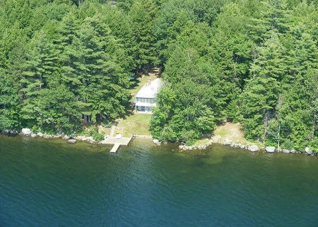 Cozy Waterfront Cabin on Winnisquam (LEB106W) - Image 1 - Laconia - rentals