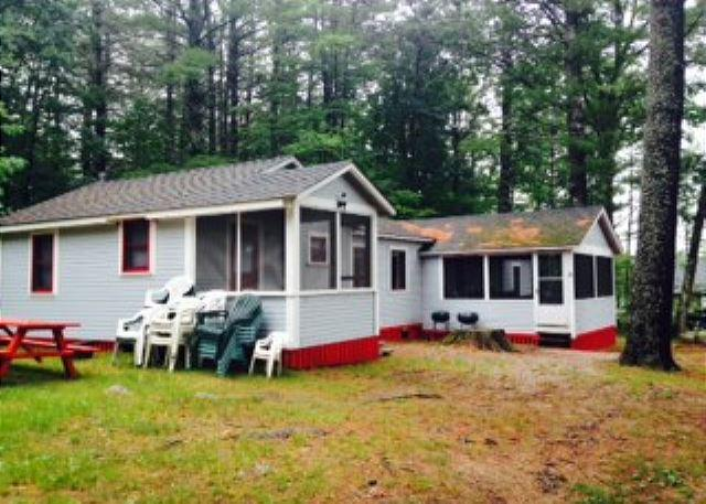 Lake Winnisquam Cozy Cabin (MAI8Bf) - Image 1 - Tilton - rentals