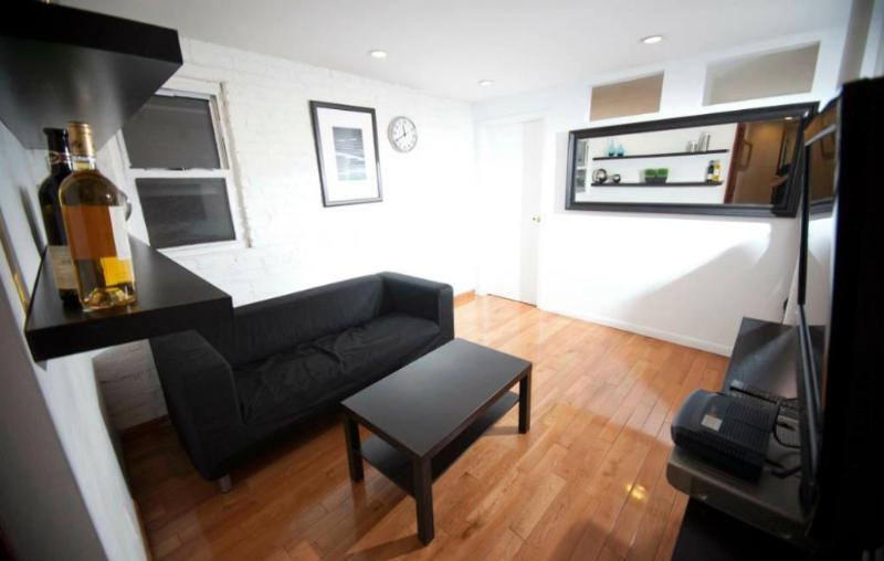 Beautiful and Perfectly Located 3 Bedroom Apartment - New York - Image 1 - Newark - rentals