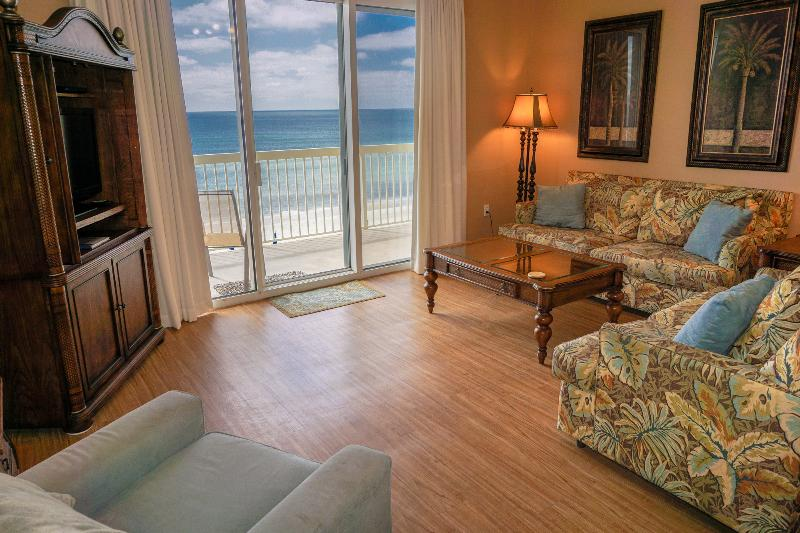 Gorgeous ocean view from spacious living room - Save Part/Full Wks Aug-Oct -3rd flr w/beach chairs - Panama City Beach - rentals