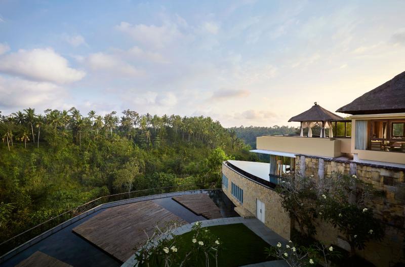 Villa Exterior - Luxury 3 Bedroom Pool Villa at Ubud, Bali with a breathtaking valley view - Ubud - rentals
