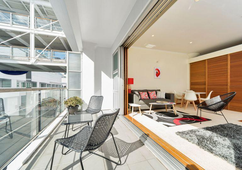 This apartment has a covered balcony - Sunny One Bedroom Apartment on Princes Wharf, Auckland - Auckland - rentals
