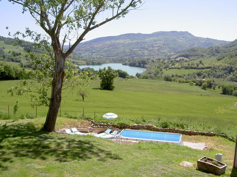 La Mirabella swimming pool - Lovely apartment with pool and stunning views - Amandola - rentals