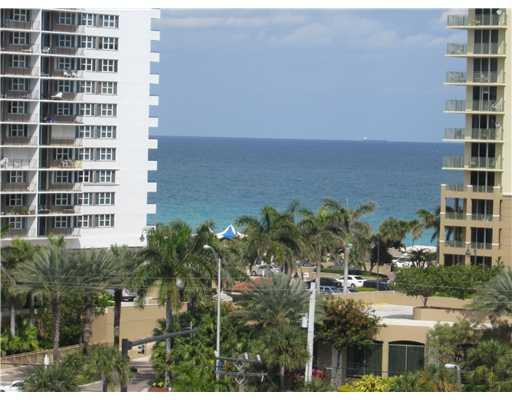 New Rates:Ocean Facng/Beach Room-N/O Sunny Isles - Image 1 - Hallandale - rentals