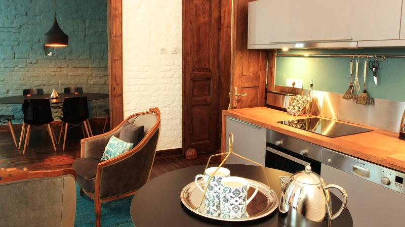 Spacious with Private Hamam and Fabulous Views - Image 1 - Istanbul - rentals