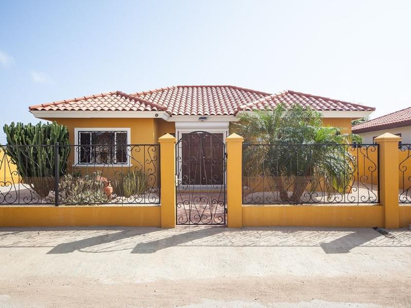 Casa De Aruba - ID:129 - Image 1 - Aruba - rentals