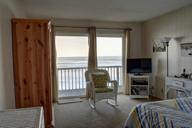 Pacific Sands Resort # 19 ~ RA5842 - Image 1 - Neskowin - rentals