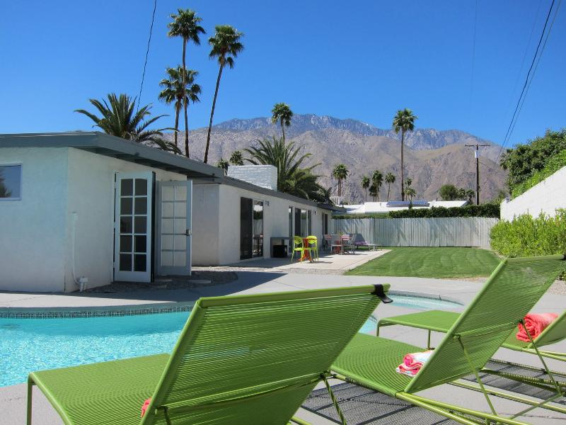 Entertainers backyard with pool, cabana, large patio and stunning mountain views - Mid Century Modern Pool Home Close to Downtown - Palm Springs - rentals