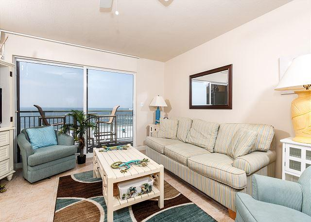 The beautiful colors of the aqua water are brought inside in thi - PI 416:STRIKING VIEWS paired with FETCHING furnishings BOOK this 1/BR NOW! - Fort Walton Beach - rentals