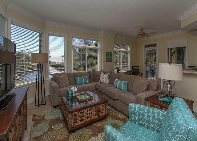 Living Area - 1106 SeaCrest-Oceanviews, walk to dining, shopping & activities. - Hilton Head - rentals