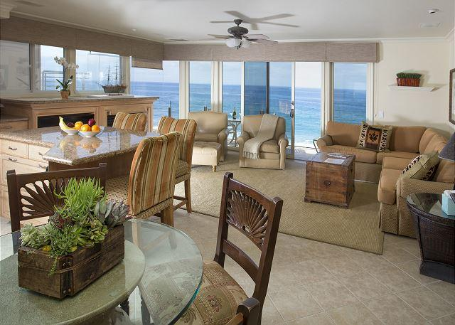 VIlla Martinique Living Space View - Luxury on the waters edge- Village location.great Sept dates avail. - Laguna Beach - rentals