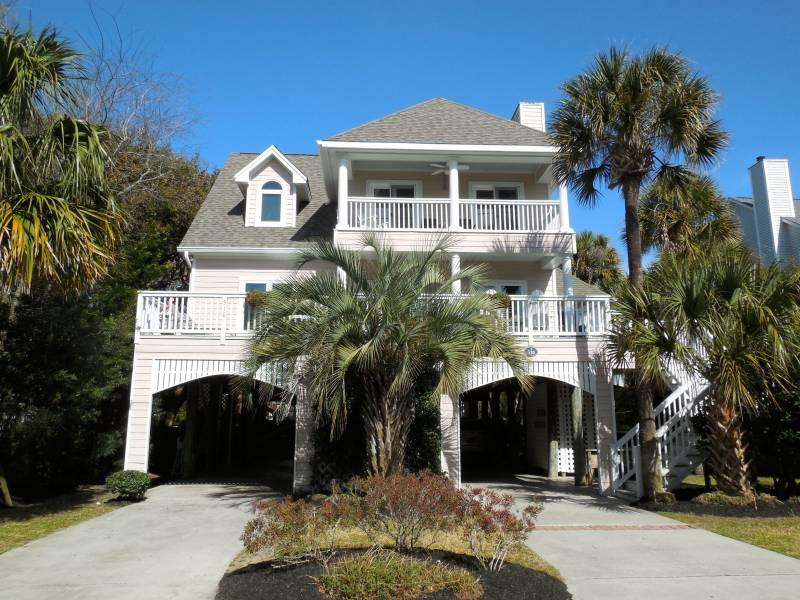 Exterior - C Scape - Folly Beach, SC - 4 Beds BATHS: 3 Full 1 Half - Folly Beach - rentals