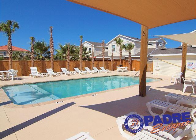 Pool area - 3/2 Townhouse Close to the Beach! - Corpus Christi - rentals