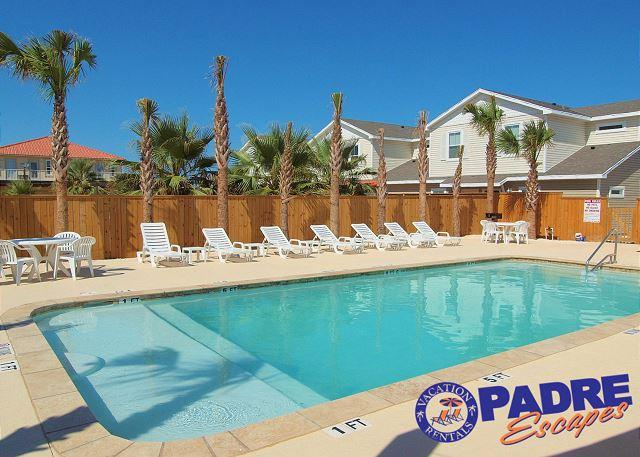 Pool - Come stay close to the beach in a 3/2 Townhouses w/lots of Extras! - Corpus Christi - rentals