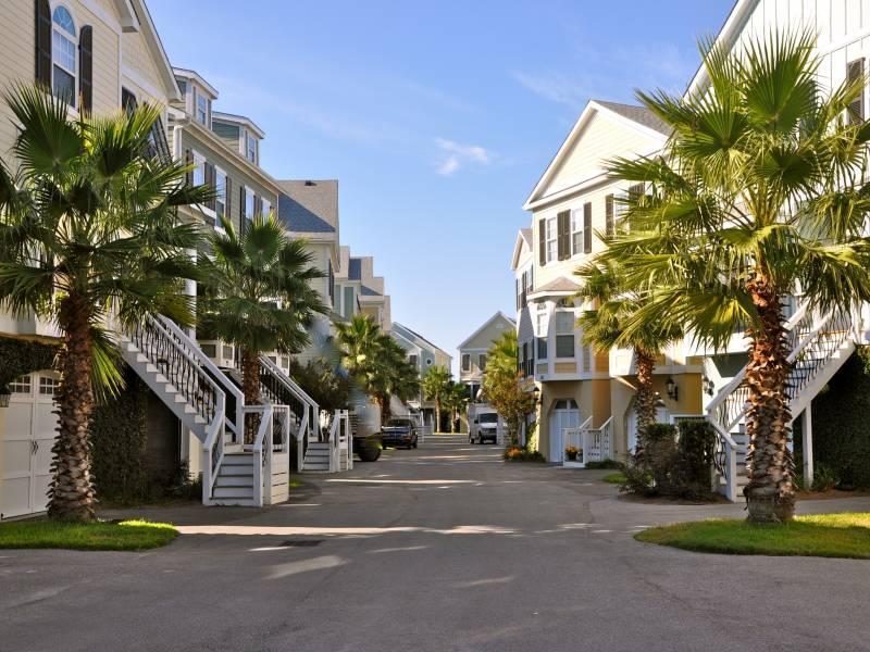 Water's Edge - Water's Edge 105 - Folly Beach, SC - 3 Beds BATHS: 3 Full - Blue Mountain Beach - rentals