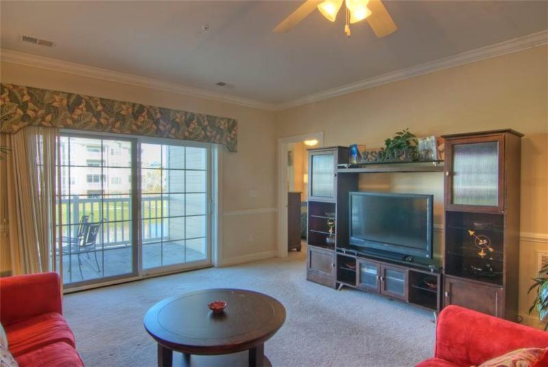 Pet-Friendly 2 Bedroom Condo with Balcony at Magnolia Pointe - Image 1 - Myrtle Beach - rentals