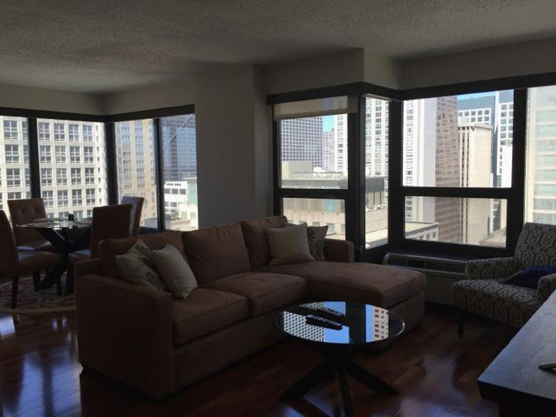 FULLY FURNISHED AND COZY 2 BEDROOM, 1 BATHROOM UNIT - Image 1 - Chicago - rentals