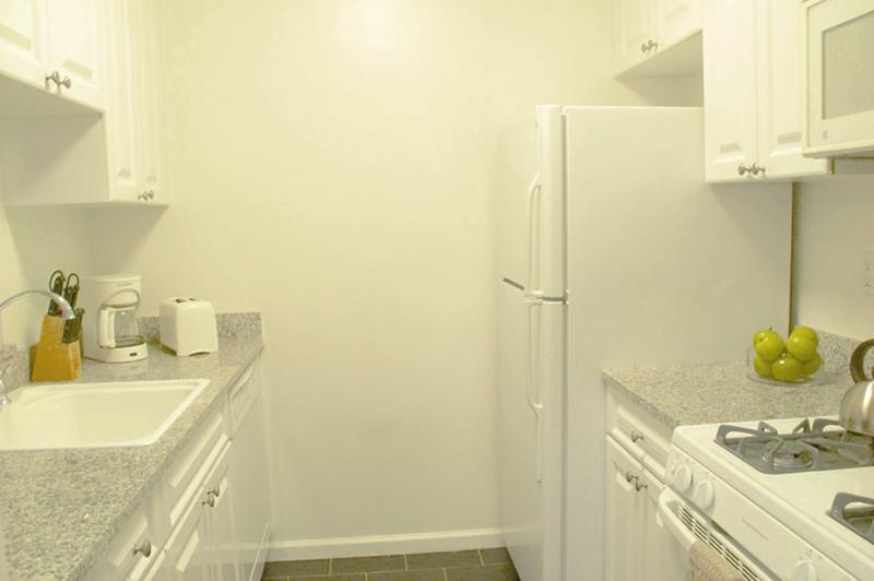 COZY, CLEAN AND CHARMING STUDIO APARTMENT - Image 1 - New York City - rentals