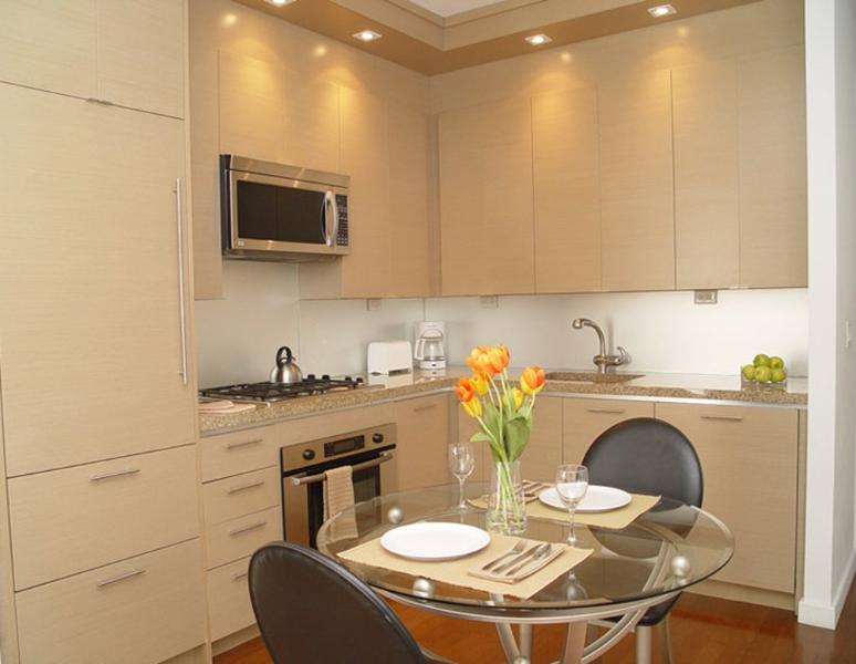 SPACIOUS AND BEAUTIFULLY FURNISHED 2 BEDROOM, 2 BATHROOM UNIT IN THE HEART OF TIMES SQUARE - Image 1 - New York City - rentals