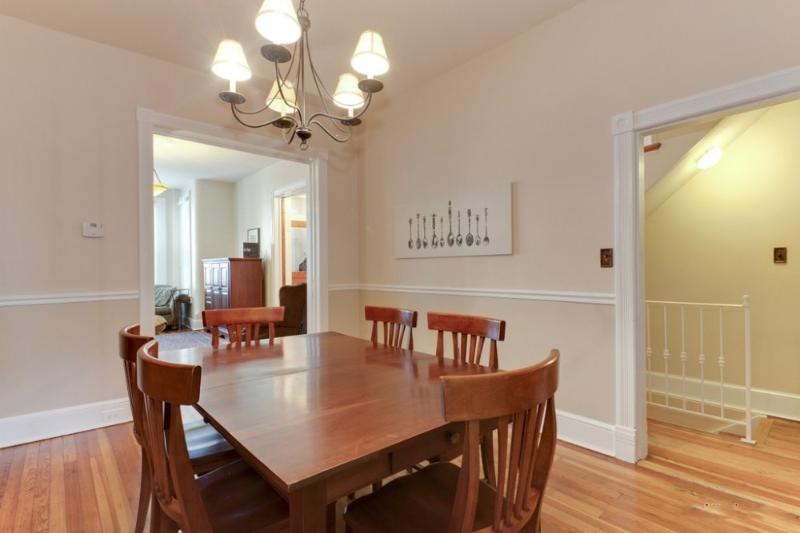 ELEGANT AND BRILLIANTLY FURNISHED 3 BEDROOM HOME IN WASHINGTON - Image 1 - Washington DC - rentals