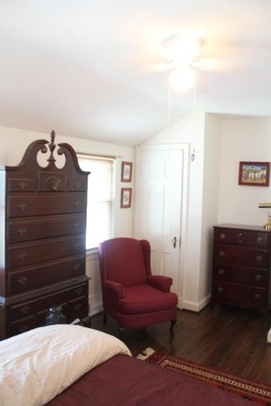 Beautiful and Newly Remodeled 2 Bedroom Condo in Ashton Heights - Image 1 - Arlington - rentals