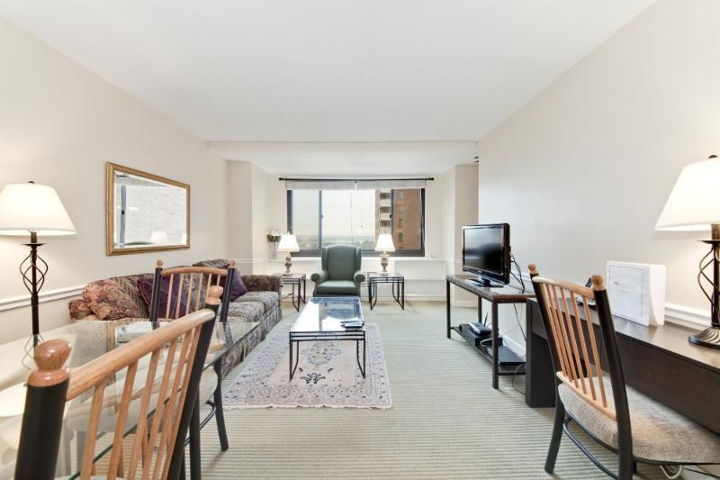 Fully Furnished 1 Bedroom 1 Bathroom Condo - Rosslyn - Image 1 - Arlington - rentals