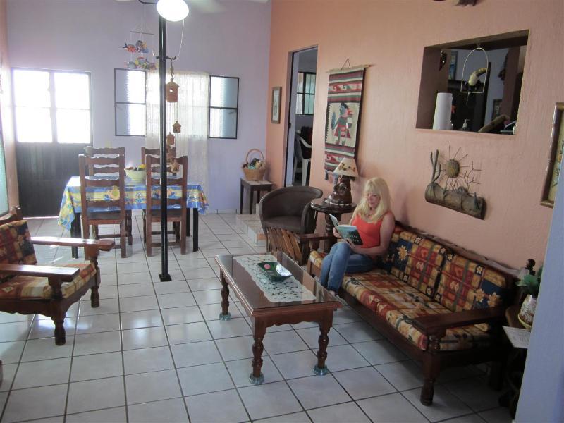 2 Bdrm Villa, Pool, Walk to Beach, Naturalist Host - Image 1 - La Penita de Jaltemba - rentals