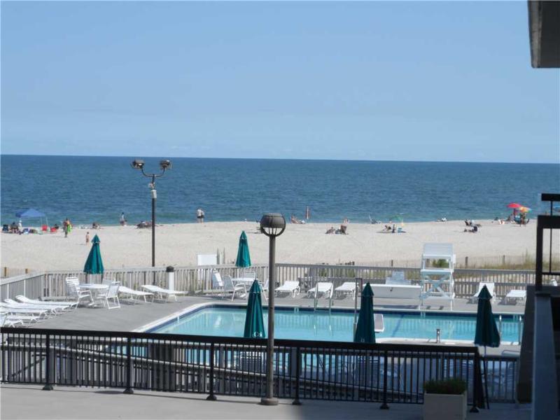 202 Chesapeake - Image 1 - Bethany Beach - rentals