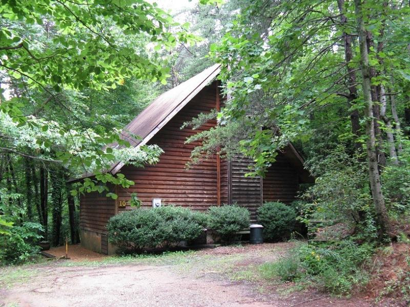 Cabin Entrance, Parking for 2 Cars - Serenity Above the Creek - Sautee Nacoochee - rentals