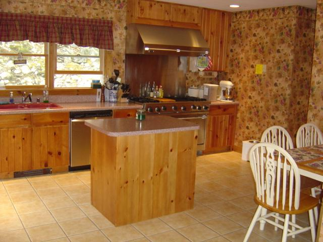 "Kitchen-seats four, 48"" Viking stove, four burners, griddle, charbroiler, 2 oven - October dates OPEN!!   Bar Harbor, Sleeps 7-11 - Bar Harbor - rentals"