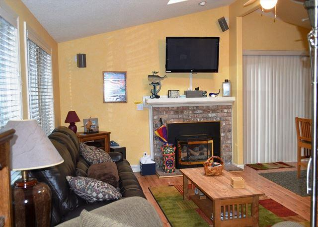 GRAY WHALE~MCA# 935~Charming home great for a small family and pet friendly! - Image 1 - Manzanita - rentals