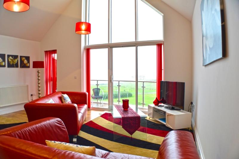 52 Bredon Court located in Newquay, Cornwall - Image 1 - Newquay - rentals