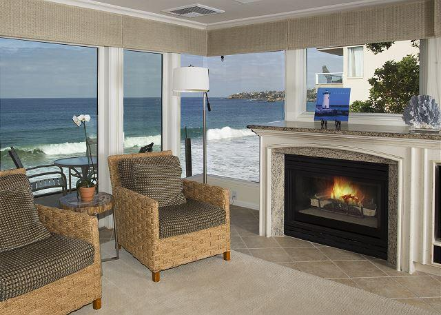 Villa Antigua Living Room View - On the waters edge- 2 bdrm, best location, luxury. - Laguna Beach - rentals
