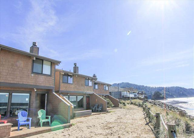 Relax in Comfort and Style on the Beach! - Image 1 - Neskowin - rentals