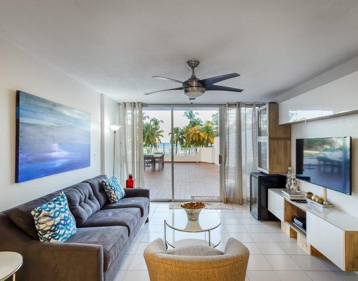 Combining comfort and style - Image 1 - Isla Verde - rentals